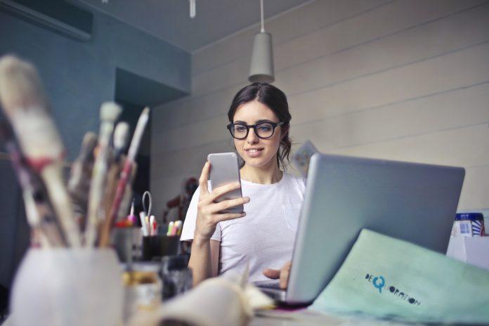 איך לחבר את המחשב לאינטרנט דרך הטלפון?